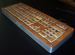 1-19-09-scrabble-keyboard-290-x-214