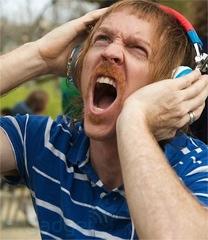 loud-headphones-12-3109
