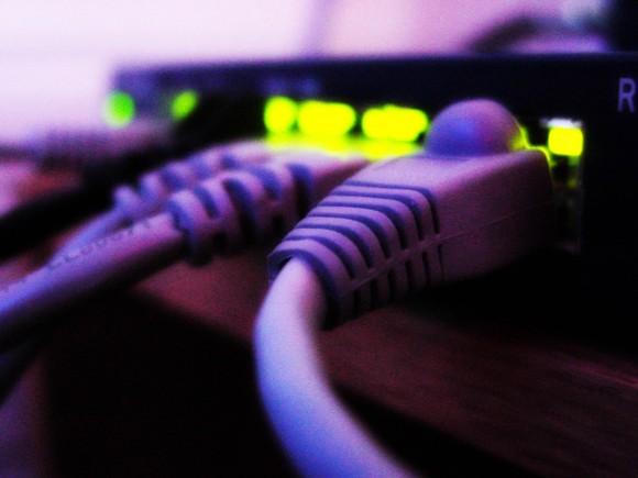 Adil Kullanım Noktasını geçen kullanıcıların hızları bundan böyle 3 Mbps'ye düşürülecek
