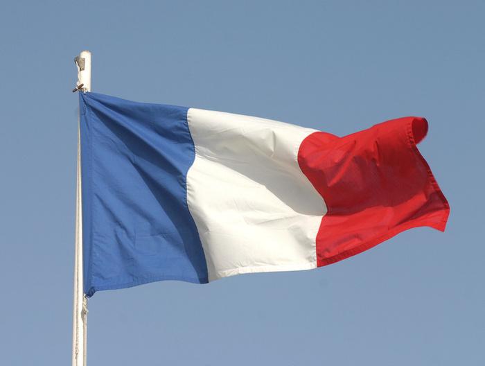 Fransa okullarda akıllı telefon kullanımını yasakladı