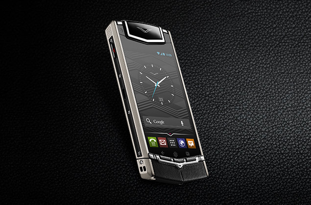 İlk süper lüks Android akıllı telefon Vertu Ti resmiyet kazandı
