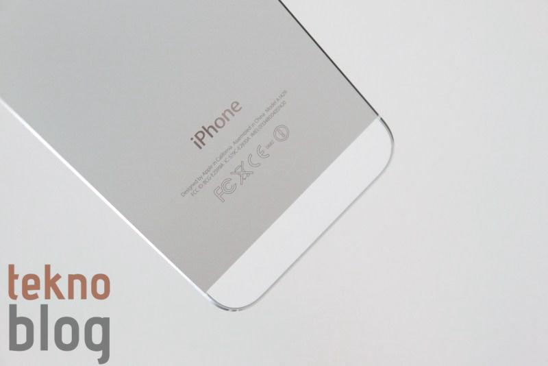 Apple iPhone 5S'i piyasaya sürerken farklı bir strateji izleyebilir