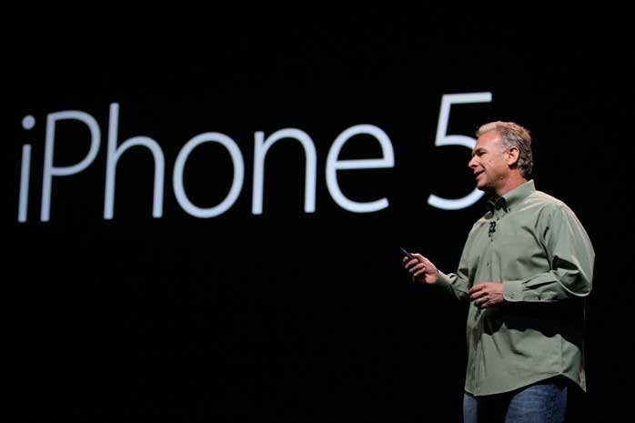 phil-schiller-iphone-5-140313
