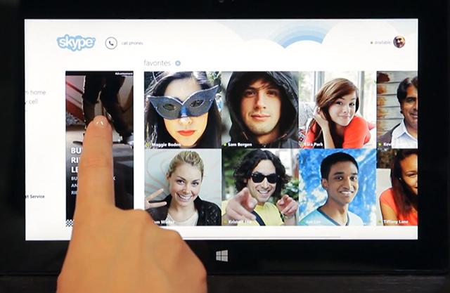Microsoft Windows 8 uygulamalarının içine iAd'dekine benzer tıklanabilir reklamlar yerleştiriyor