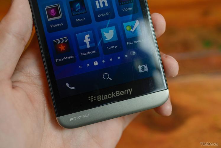 blackberry-a10-240713-5