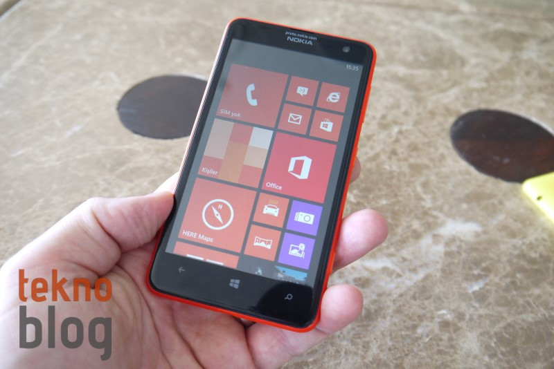Nokia-Lumia-625-On-Inceleme-00013