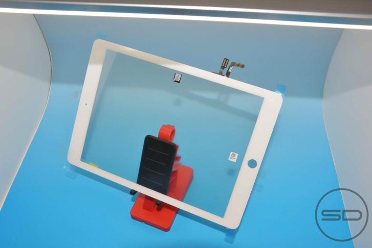 apple-ipad-5-on-panel-280813