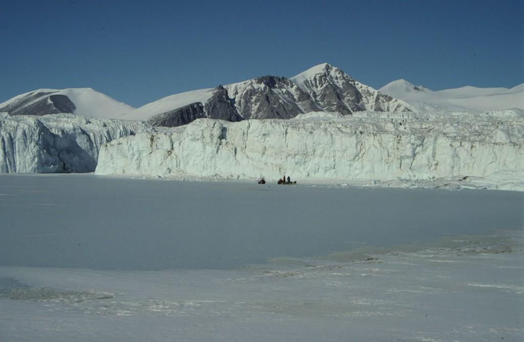 dogu-antarktika-290813