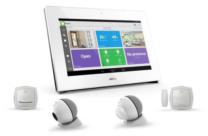 Archos CES 2014'e akıllı saatler, mobil uygulama destekli ağa bağlı aksesuarlarla geliyor