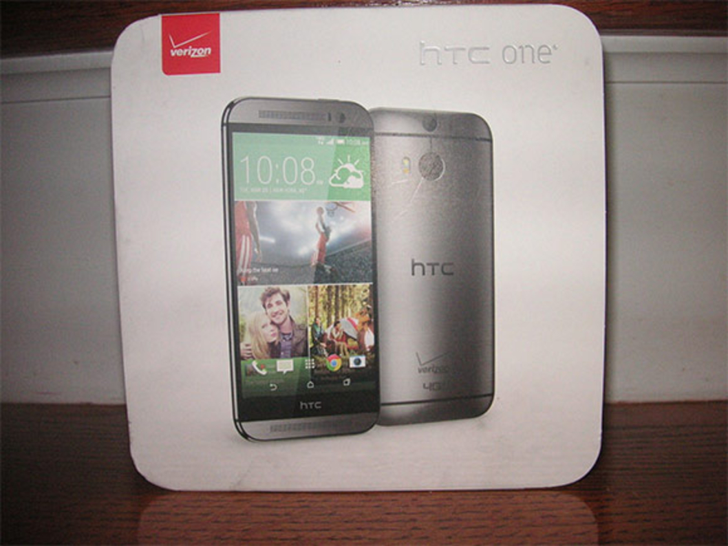 htc-one-m8-ebay-130314-1