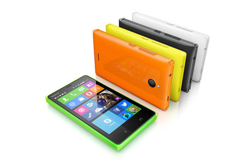 Microsoft Nokia X2 ile Android telefonları çıkarmayı sürdürüyor