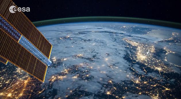Uluslararası Uzay İstasyonu'ndan çekilen fotoğraflarla hazırlanan video etkileyici görüntüler sunuyor