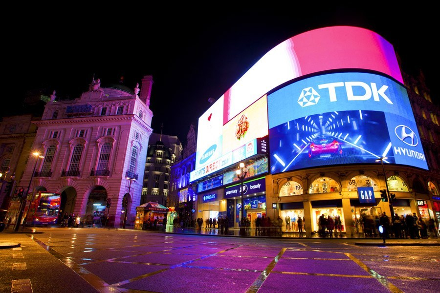 piccadilly-circus-londra-250315