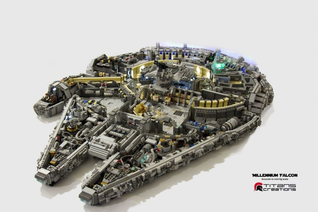 millennium-falcon-lego-130515-1