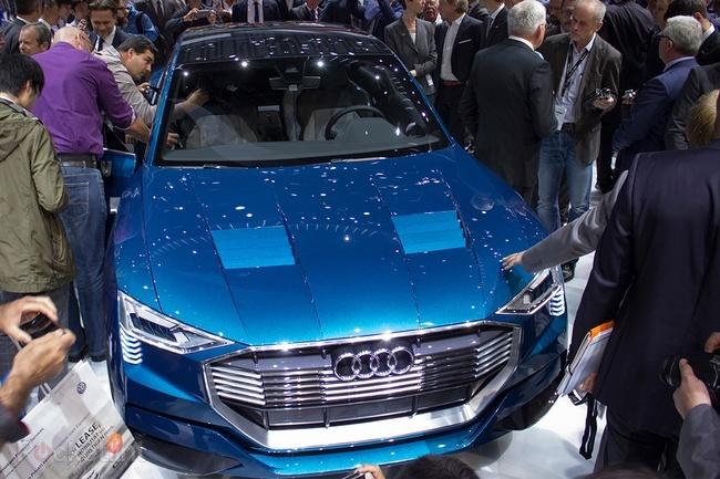 Audi SUV e-tron konsept