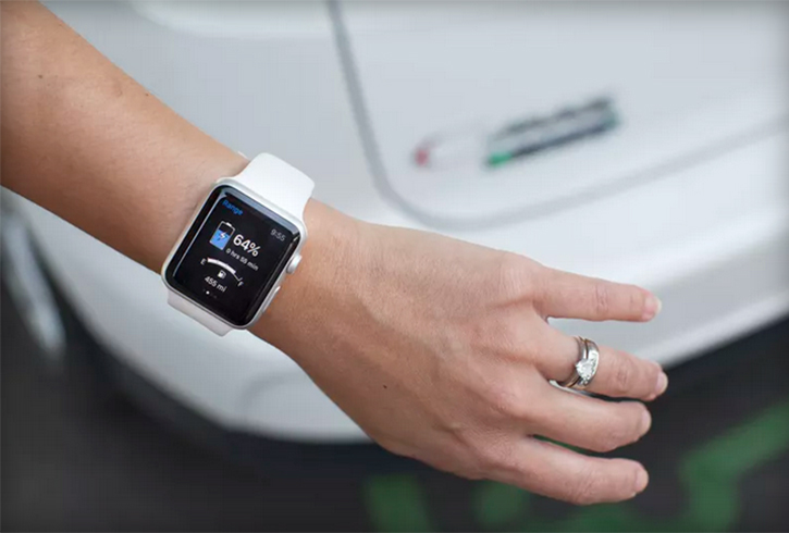 ford-apple-watch-170915