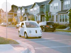 Google sürücüsüz otomobil birimine Airbnb yöneticisini transfer etti