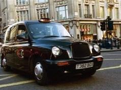 Londra taksilerinde temassız ödeme dönemi önümüzdeki yıl başlıyor