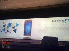 Telefonlarda Avea yazısı Türk Telekom'a dönüşüyor