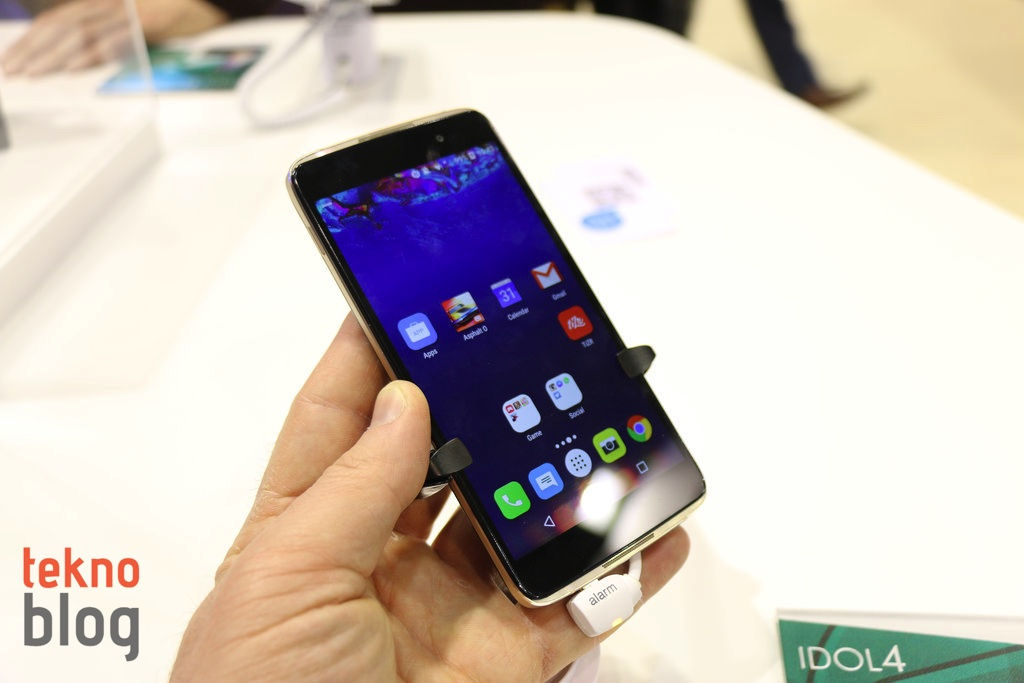 alcatel-idol-4-on-inceleme-2