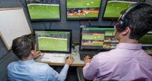 FIFA video hakem teknolojisi için testlere başlıyor