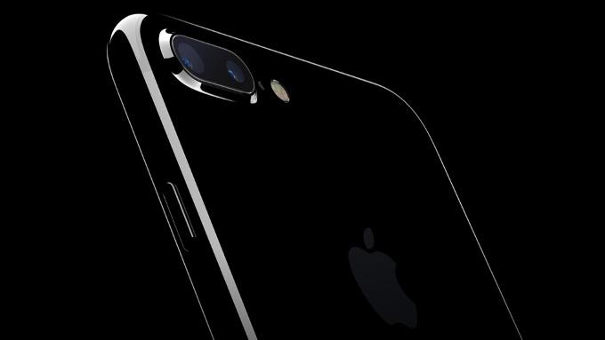 Apple iPhone 8 için 10'dan fazla farklı prototip hazırladı