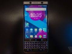 BlackBerry Mercury'nin çalışan versiyonu gösterildi, ancak tek bir bilgi bile verilmedi