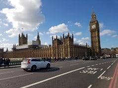 İngiltere dizel ve benzinli otomobillerin satışını 2040 itibarıyla yasaklayacak