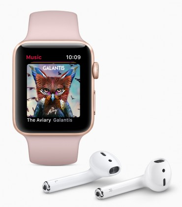 apple-watch-series-3-airpods-120917-370x420