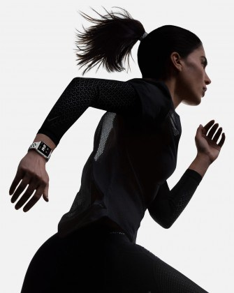 apple-watch-series-3-nike-plus-120917-335x420