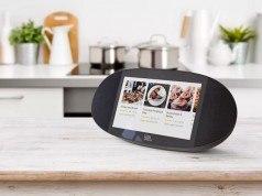 """Google Asistan """"akıllı ekran"""" taşıyan hoparlörlerle buluşuyor"""