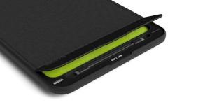 Incase'in yeni MacBook Pro kılıfı korumanın yanında şarj hizmeti de sunuyor