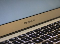 Apple'ın yeni MacBook Air'ı daha ince çerçeveye ve yüksek çözünürlüklü ekrana sahip olacak