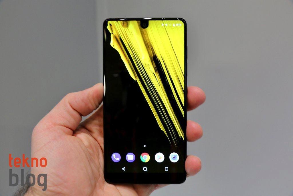 Essential Phone Android Q güncellemesini de alacak