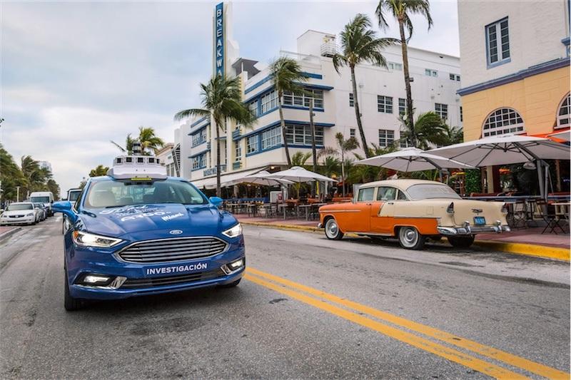Ford sürücüsüz otomobil kontrolünü mobil oyuna dönüştürebilir