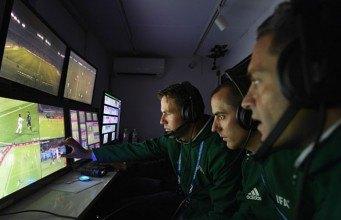 Video yardımcı hakem sisteminin 2018 Dünya Kupası'nda kullanılması kesinleşti