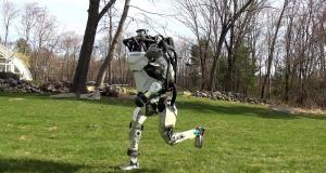 Boston Dynamics'in robotları koşuyor, kendi başlarına hareket ediyor – Video