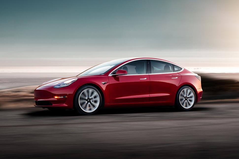 Tesla Model 3 Performance 3.5 saniye içinde 97 kilometre ...