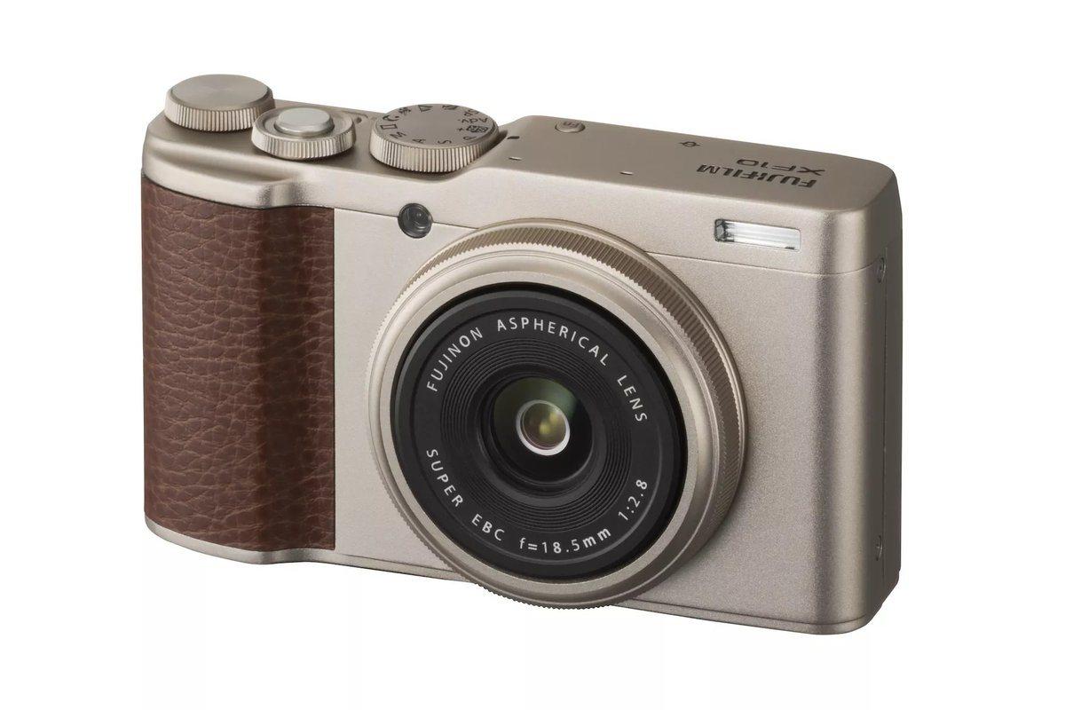 Fujifilm XF10 büyük sensörü küçük gövdeye sığdırıyor