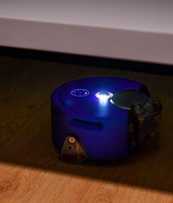 Dyson 360 Heurist robot süpürge karanlıktan korkmuyor