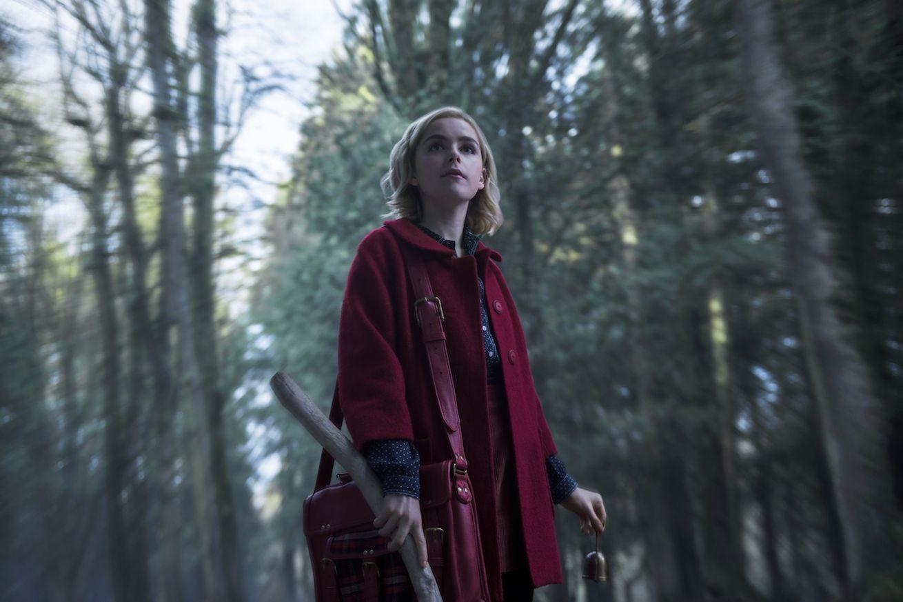 Netflix Chilling Adventures of Sabrina'nın ilk fragmanını yayınladı - Video