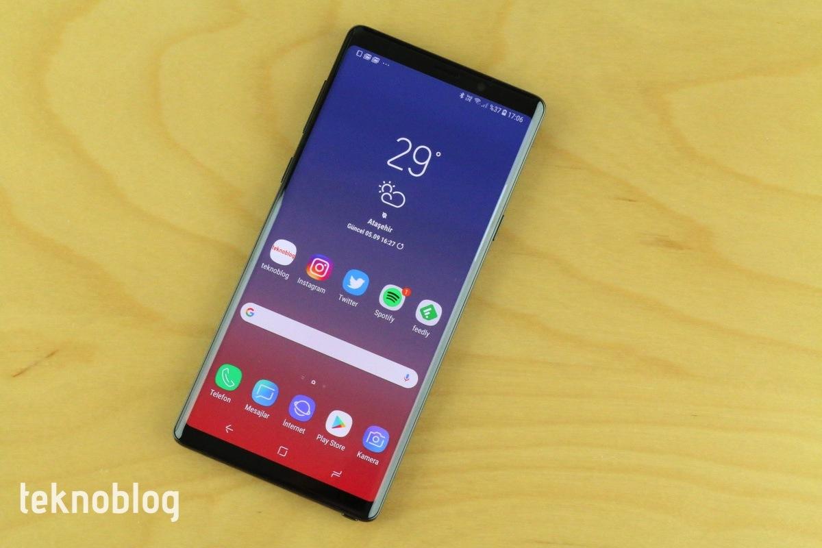 Samsung Android 9 Pie ile ücretsiz tema kullanımını 14 günle sınırlayacak
