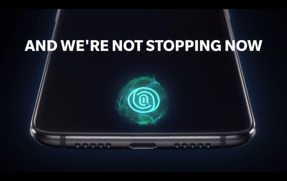 OnePlus 6T'nin OxygenOS sürümündeki değişikliklerin ipuçları verildi