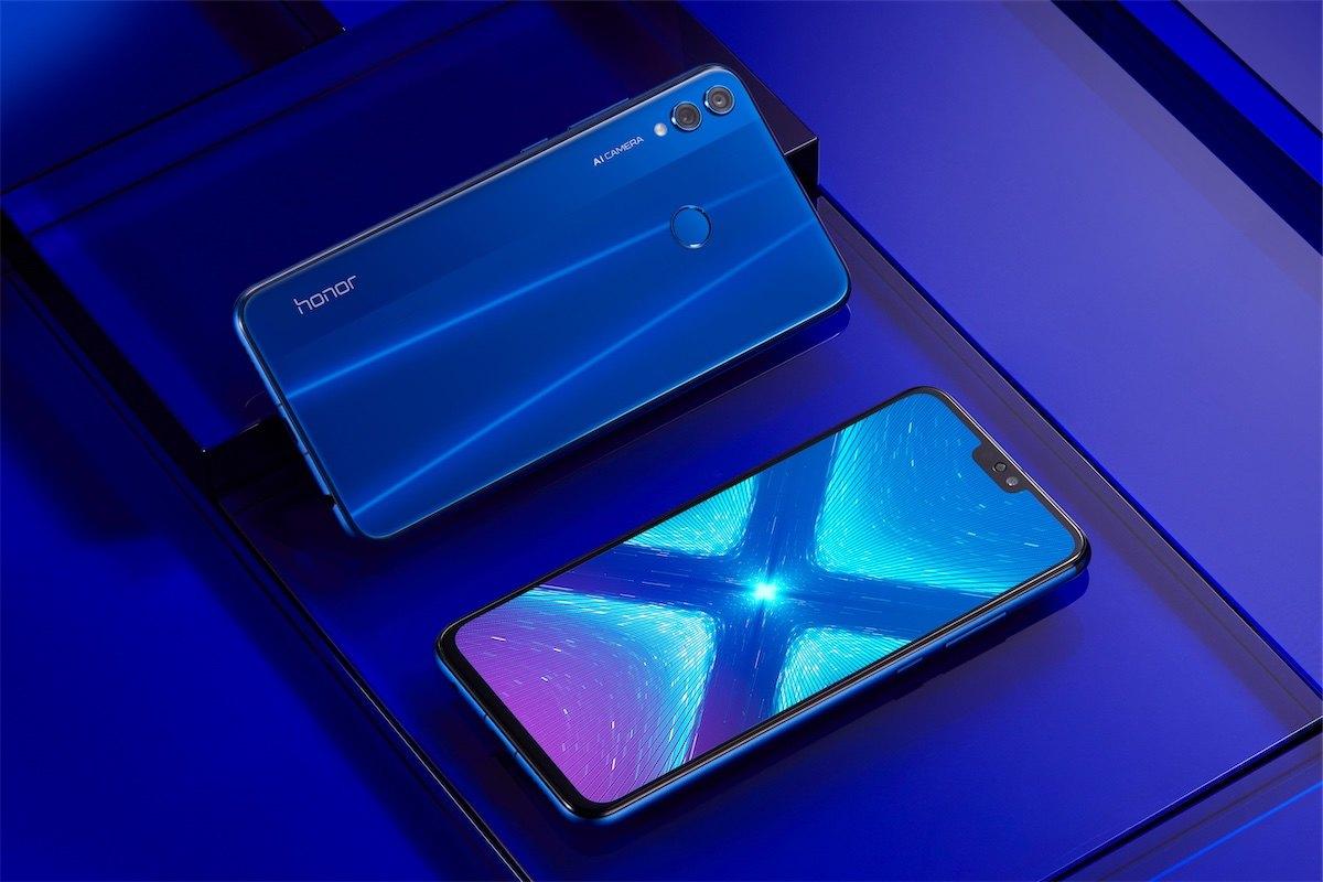 Honor 8X Bluetooth kulaklık hediyesiyle Türkiye'de satışa sunuluyor