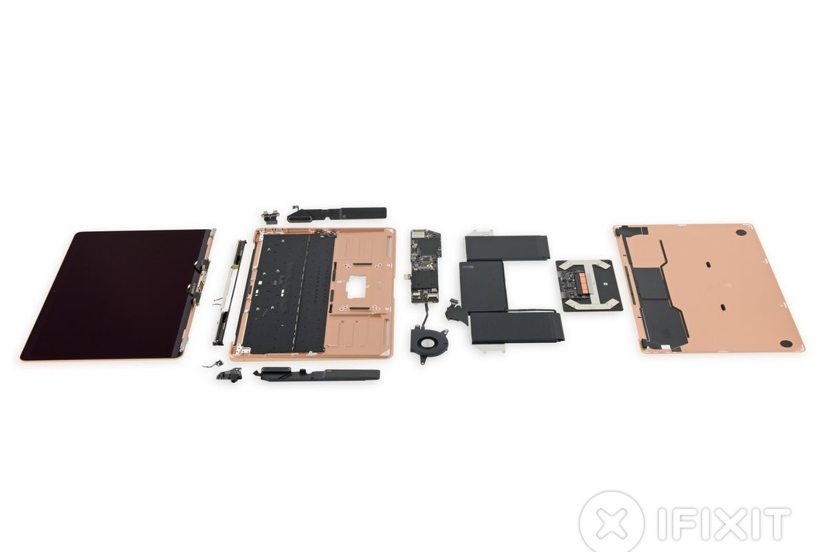 Yeni MacBook Air iFixit tarafından parçalarına ayrıldı