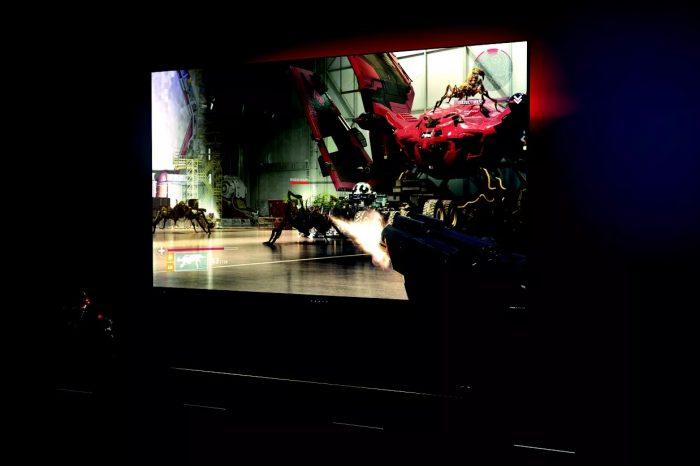 HP Omen X Emperium oyun monitörü ile büyük ekranda 4K HDR oyun keyfi